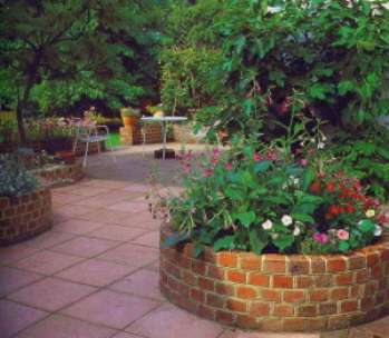 Клумбы в саду. Проектирование
